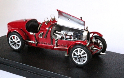 EVR006 Bugatti T37 sn 37298 rallye rouge AVEC moteur signé et authentifié à 30 ex.