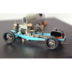 EVR020 Bugatti T37 Chassis nu + carrosserie